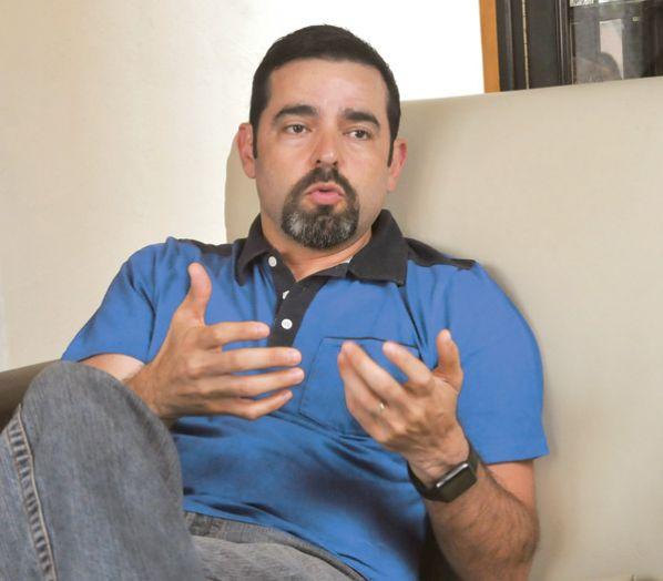 Entrevista de Cristóbal Galindo En Bolivia