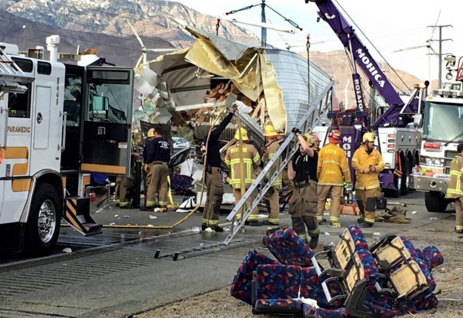 Mortal Accidente de Autobus En California