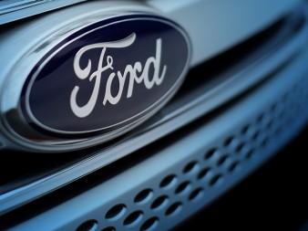 Ford Llama a Revisión mas de 680 Mil Autos por Defecto en Cinturones de Seguridad.